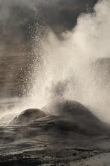 Some hot water! (comare *Ambra*) Tags: chile fab hot nature water landscape rocks natura steam geyser rocce acqua cile sanpedro caldo vapore zolfo diamondclassphotographer flickrdiamond flickrphotoaward