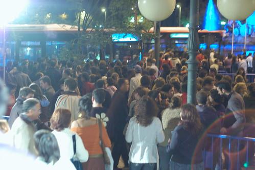 La Noche En Blanco - cola a la entrada de Correos y Telegrafos