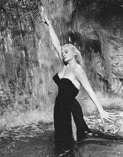 """Anita Ekberg in Fellini's """"La Dolce Vita"""" by percivalpiglet."""