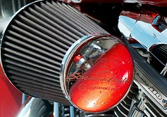 screamin eagle (Marta S. Gufstasson) Tags: speed america focus escape engine machine harley filter chrome american harleydavidson reflejo moto motorcycle motor springer vtwin velocidad tubo inches refection motocicleta foco cromo cubic filtro cubico