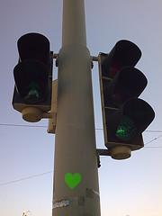 hvk 2008 spring kevät may toukokuu finland suomi uusimaa helsinki helsingfors 20080511 141813 n60167302 e24952083 greens green heart trafficlights lights light sticker graffiti espa esplanadi kaartinkaupunki 040kmtokaartinkaupunkiinuusimaafinland geotagged geo:lat=60167302 geo:lon=24952083 kluuvi southernfinland geo:neighbourhood=kluuvi geo:locality=helsinki geo:country=finland uudenmaanmaakunta geo:county=uudenmaanmaakunta geo:region=southernfinland exif:Aperture=297100 exif:Flash=24 camera:Model=n78 exif:Focal_Length=4610 exif:Exposure=10001000000 meta:exif=1364133386 camera:Make=nokia exif:ISO_Speed=114 exif:Aperture=2810 cameraphone n78 nokia nokian78 hugovk nyland