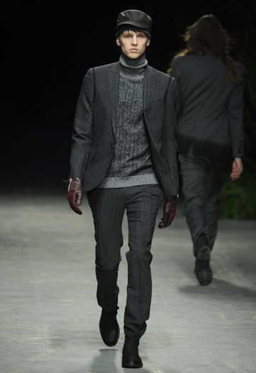 Oskar Landstrom3005_FW10_Milan_Costume National(WWD)