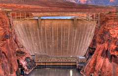 Glen Canyon Bridge & Dam, Page, Arizona (Thad Roan - Bridgepix) Tags: bridge arizona lake water architecture river concrete arch desert dam steel bridges arches landmark canyon page coloradoriver infrastructure span hdr lakepowell glencanyon bridging photomatix bridgepixing bridgepix 200711