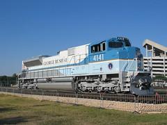 UP 4141 Bush Engine at Texas A&M (cazfoto) Tags: train georgebush locomotive trainengine collegestation trainspotting texasam kylefield bushengine