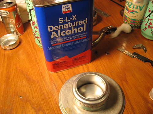 setting up an alcohol sideburner stove