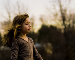 Against The Wind (Cayusa) Tags: daughter savanah outdoorlight outdoorportrait tacwd takeaclasswithdavedave tacwdd