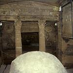 Ägypten 1999 (711) Alexandria: Katakomben von Kom el-Shoqafa thumbnail