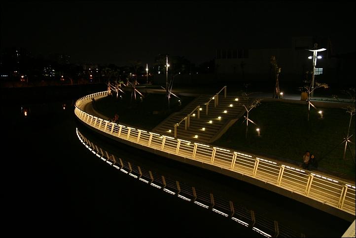 2007國旅卡DAY3(愛河之心、愛河愛之船)008