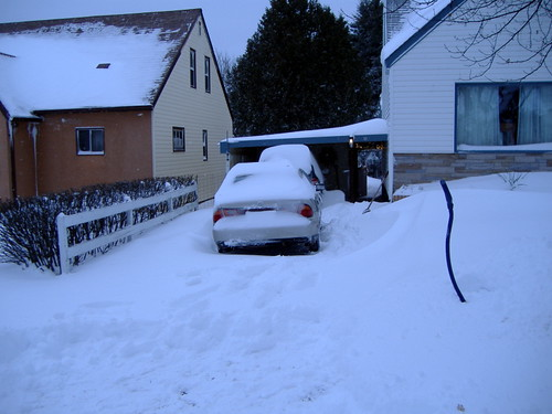 Driveway before shovelling