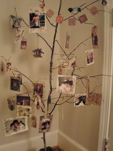 decorate a tree in your office