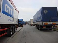 Trucks & trailers (individual8) Tags: germany december cargo trucks trailers 2007 travemuende luebecktravemuende skandinavienkai