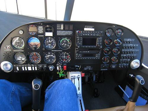 Diamond DA-20 Panel