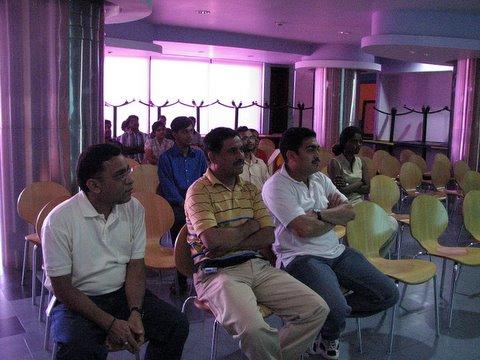 Sun volunteers at the presentation 250408