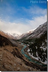 Baspa flowing through Chitkul (Photo-Curry) Tags: canon 1750 kailash himachal himalayas sangla chini kinnaur kalpa chitkul kinner tamaron sutlej baspa roghi 40d nh22 recongpeo photocurry