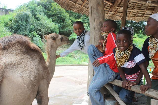 zoo trip with shule kids 094.jpgedit