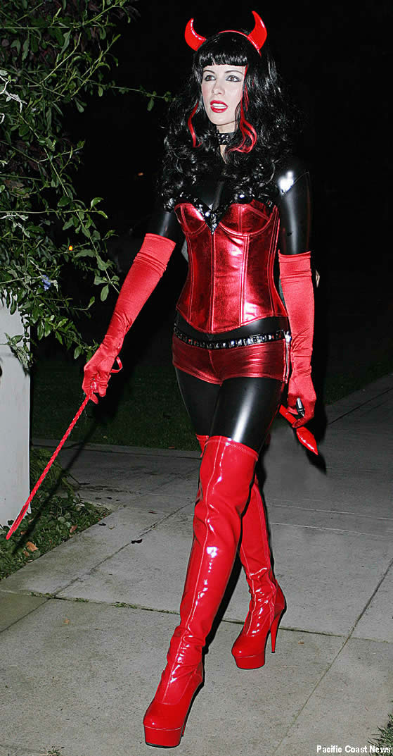 Kate Beckinsale in Halloween Costume