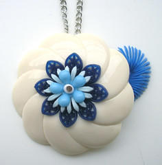 Blue and White Vintage Flowers Necklace