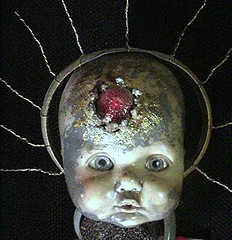 Techno Christ-child detail 1