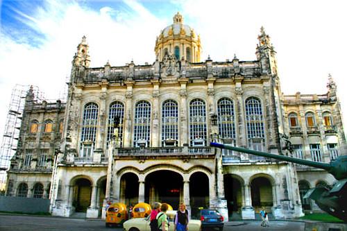 Museo de La Revolución por Labernalesa.