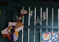 Art in the Garden, Tirau (EssjayNZ) Tags: newzealand art tag3 taggedout garden tag2 seahorse tag1 guitar mosaic 2008 essjaynz tirau artinthegarden taken2008 sarahmacmillan