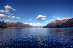 Lago Maggiore, primavera (Eligiozy) Tags: primavera canon landscape lago switzerland spring ticino nuvole wind 10 blu uv 2008 acqua marzo 1022mm hdr lagomaggiore 100iso canonefs1022mmf3545usm 40d