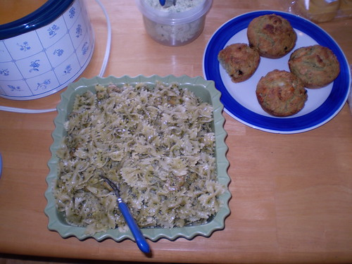 Pesto shimp dish and awesome muffins!