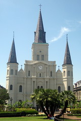 New Orleans - French Quarter: Jackson Square and St. Louis Cathedral (wallyg) Tags: church garden nhl louisiana cathedral basilica neworleans landmark frenchquarter jacksonsquare nola cathedrale stlouiscathedral historicdistrict placedarmes vieuxcarre saintlouiscathedral nationalhistoriclandmark orleansparish cathedralbasilica orleanscounty nationalregisterofhistoricplaces usnationalhistoriclandmark nrhp vieuxcarr usnationalregisterofhistoricplaces basilicaofstlouis gilbertoguillemard henrysbonevallatrobe henrybonevallatrobe jnbdepouilly vieuxcarrhistoricdistrict vieuxcarrehistoricdistrict jacquesnbdepouilly louishpili cathdraledesaintlouis cathedraledesaintlouis basilicaofstlouiskingoffrance cathdraledestlouis cathedraledestlouis basilicaofsaintlouis ushistoricdistrict