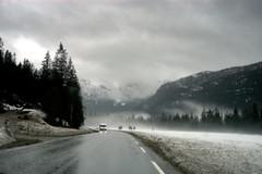 DSC_0040.NEF (trekkie 79) Tags: road travel trees panorama mountains tree nature norway clouds natura fnorvegia