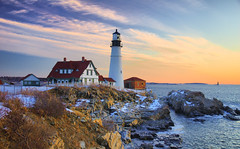 PHL Sunrise (brentdanley) Tags: winter lighthouse snow seascape sunrise coast bravo maine explore shore phl atlanticocean portlandheadlight capeelizabeth cascobay blueribbonwinner ramislandledgelight tonemap top20th anawesomeshot diamondclassphotographer flickrdiamond bdp:lighthouse=phl