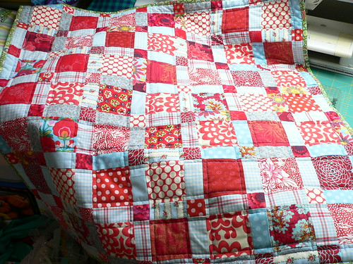 Red and Aqua Bee : red quilts - Adamdwight.com