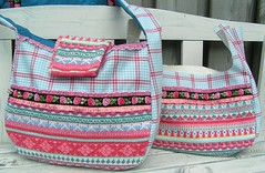 spring shopper bag