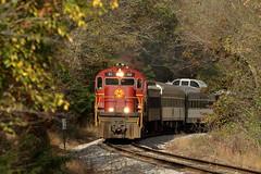 AM 68 South in Brentwood, Arkansas on November 11, 2016. (soo6000) Tags: brentwood arkansas passengertrain mp370 alco c420 68 am am68 fallcolor passenger