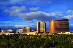 Las Vegas Strip (SnyderPix) Tags: vegas lasvegas d5 nikon nikkor landscape clouds strip casino casinos scenic golf lasvegasstrip wynngolfcourse wynngolf wynn palazzo venetian mirage hotel hotels sky nikond5 vr 2470 2470e 2470vr nikon2470vr
