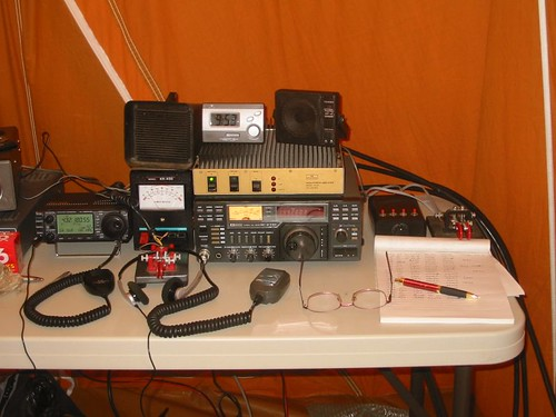 """Field day VHF station • <a style=""""font-size:0.8em;"""" href=""""http://www.flickr.com/photos/10945956@N02/2094707835/"""" target=""""_blank"""">View on Flickr</a>"""