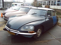 Citron DSuper 5 1972 (regtur) Tags: auto holland classic cars netherlands dutch car french la automobile citroen ds nederland voiture oldtimer doetinchem bertoni snoek desse medion strijkijzer citrosars