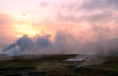 Icelandic fog (Maron) Tags: pink sun mountain grass fog iceland geysir supermarion marionnesje