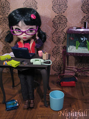 Back to Work... (esmereldes) Tags: miniatures doll dolls pullip talia rement pullips day72 haute img1079 365toyproject hauteinny wahwhyismyvacationover