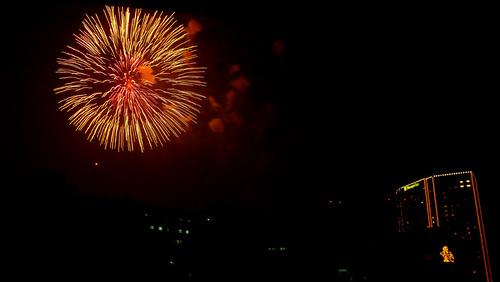 makati fireworks 3