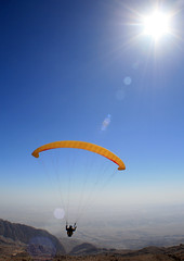 Let's Fly! (Hamed Saber) Tags: sky fly iran flight paragliding paraglider paraglide geno bandarabbas hormozgan genu   upcoming:event=418807 vahidtavalla
