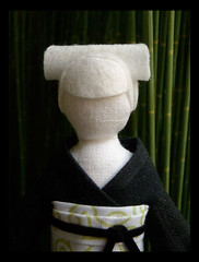 Sakura portrait (beruta) Tags: portrait green stuffed handmade linen clothdoll bambuforest japaneselady blackkimono