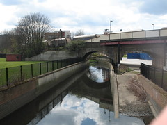 The River Quaggy (John.P.) Tags: uk london station train river lewisham goods quaggy