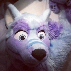 Anyone wants to join me in bed x3? #fluffy #furry #bedtime #goodnight #night #sleepy #bigbed #spaceformore (Keenora Fluffball) Tags: keenora fursuit furry kee