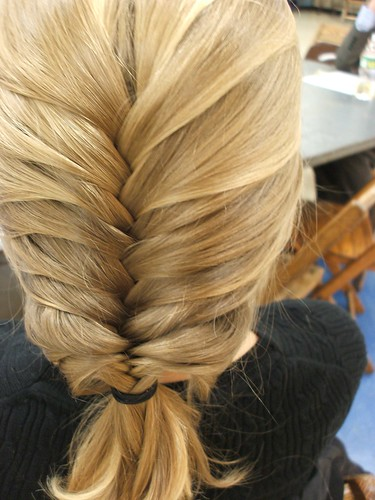 How to Braid Fishtail