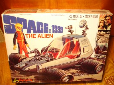 space1999_alienmodel