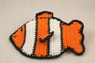 Free Crochet Fish Potholder Pattern : Ravelry: Fish Potholder pattern by Cindy Cave