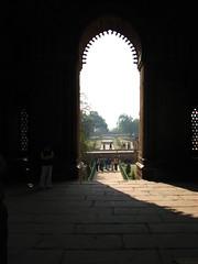 Arch Way (Kumaravel) Tags: architecture archway newdelhi kumaravel qutubminarcomplex
