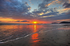 Sunset at Jaco Beach III (Erik Holmberg) Tags: ocean blue sunset costa sun mountains beach water set clouds america fantastic sand costarica waves central rica beaches jaco centralamerica jacobeach