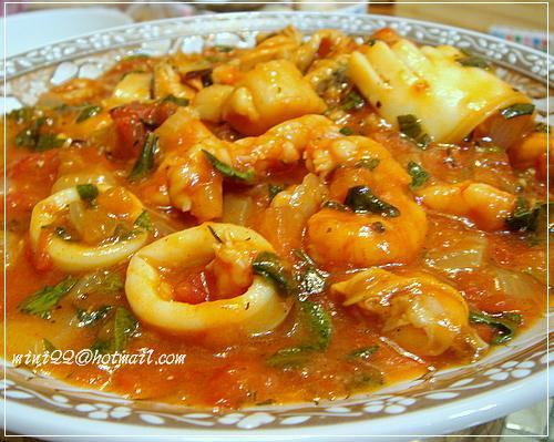蕃茄海鮮意大利麵