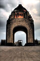 Monumento a la Revolucin (edgarator) Tags: city sky monument mxico clouds mexicocity df monumento cielo revolution nubes favoritas greatshot revolucin federal hdr distrito mytop greatphoto misfavoritas granfoto grantoma