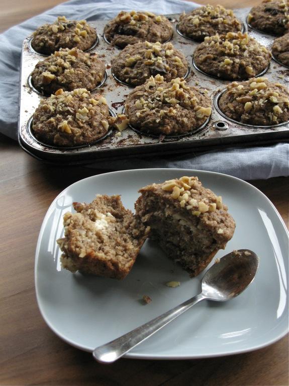 ricotta banana walnut muffins 004